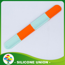 Promotion Hi-quality Debossed Slap Silicone braclets