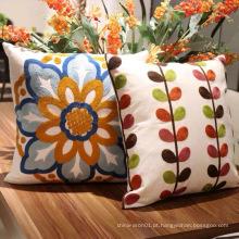Novas almofadas para sofás com bordados e decoração de casa