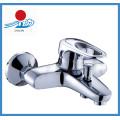 Современный смеситель для ванны с хромированной отделкой (ZR20901)