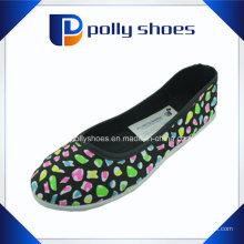2016 neue Segeltuch-Schuh-Großhandelsart- und weiseschuh-Frauen