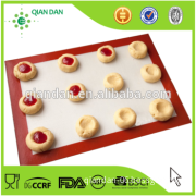 Hot Selling Red Customizable Silicone Table Mat for Baking