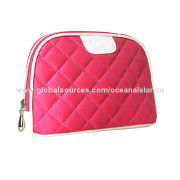 Polyester cosmetic bags, in rose red with grid design, various sizes and customer designs available