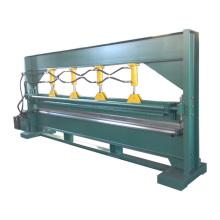 Máquina de plegado de arco hidráulico de 4 m para perfiles de aluminio.