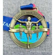 Médaille en laiton antique découpée de haute qualité
