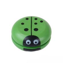 La mejor fábrica profesional de la marca FQ personaliza el juguete de madera chino del yoyo del dedo