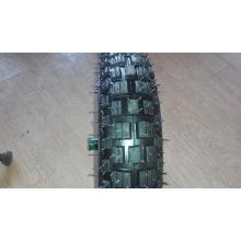 Neumático y cámara con patrón de vitenum