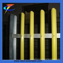 Clôture de palissade pâle de couleur D ou W