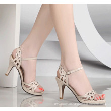 Weiße Classcial High Heel Damen Sandale