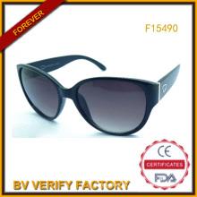Gafas de sol plásticas baratas para la garantía comercial de mujeres (F15490)