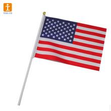 Bandeira de ondulação da mini mão nacional feita sob encomenda para a venda