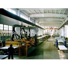 MACHINE DE PRODUCTION DE COFFRAGE DE CONSTRUCTION EN PLASTIQUE