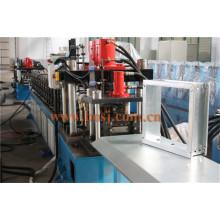 Rolo do quadro do difusor de ar que dá forma a fazer a máquina da operação