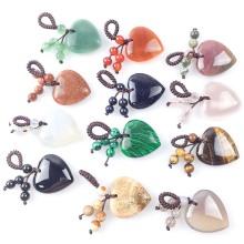 Llavero de piedra de amor de corazón de cristal natural 7 Chakra Reki Healing Crystal Gemstone Beads llavero de borla para mujer