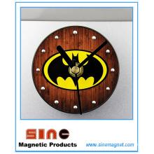 Moda creativa perspectiva Batman nevera reloj magnético