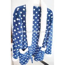 pijama de mulheres venda quente de lã quente com capuz sleepwear