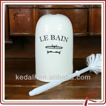 China Fábrica de porcelana de cerámica titular cepillo de tocador con cepillo de tocador