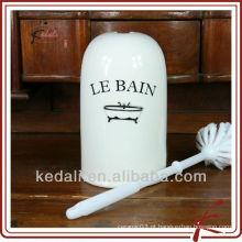 China Fábrica de porcelana de cerâmica porcelana escova titular com escova de WC