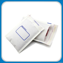 White Kraft Paper Mailing Bag with Pad for Retailer