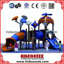 O melhor projeto o mais novo caçoa o campo de jogos exterior pequeno do equipamento do divertimento das crianças