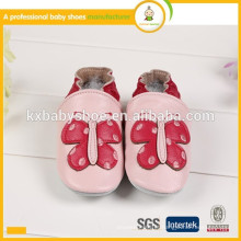 2015 padrão de borboleta de venda a quente de sapatos genuínos genuínos de pele de carneiro artesanal de couro