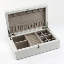 Caixa de jóias de couro de beleza com couro branco (HX-A0751)