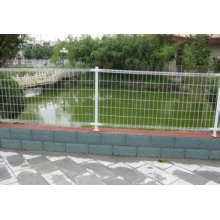 Low Carbon Iron Wire Double Loops Fence on Sale