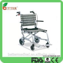 Chaise roulante en aluminium à transmission orthopédique