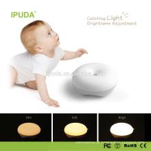 2017 novas invenções IPUDA acrílico luz da noite com controle de toque zero regulável bateria recarregável