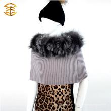 Hot-selling Professional Knitted Fur ponchos xales com colar de pele de raposa de prata