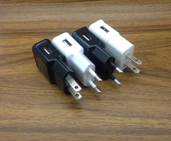 US EU Plug 5V2.1A USB Phone Charger