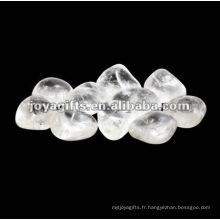 Pierres de galets de marbre aux pierres précieuses poli
