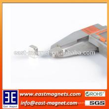 N38 bloco permanente sinterizado ímã de neodímio / bloco pequeno de níquel revestido ímã à venda