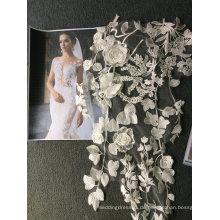 Stickerei weg von der weißen handgemachten Spitze für Hochzeits-Kleid 21