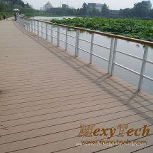 Royal Wood Plastic Composite (WPC) Terrassendiele