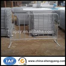 Barrera de control de multitudes temporal de metal galvanizado en caliente, Barreras peatonales galvanizadas, barricada francesa (fabricación de China)