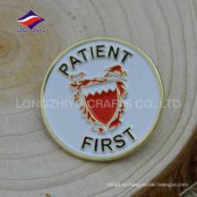 Estampación de pins de servicio de oro 2D con su logotipo