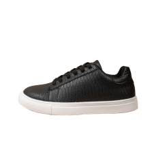 Wholesale black casual shoes men's casual shoes platform trendy comfortable fashion Breathable outdoor 2021 new