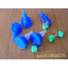 Spike Port for Plastic Infusion Container