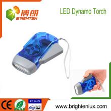 Venta al por mayor de la fábrica Logotipo EDC impreso ABS Material Mejor mano barata Crank 3 led Dynamo Linterna