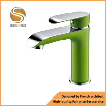 Spray Painting Brass Body Basin Faucet (ICD-DSC-8189)