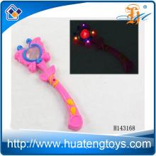 2014 LED piscando borboleta varinha mágica brinquedo, varinha engraçada piscando para crianças