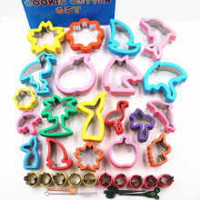 Sandwich Cutter for Kids Cookie Stamp Molds Fruit