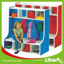 Armário de brinquedos para crianças