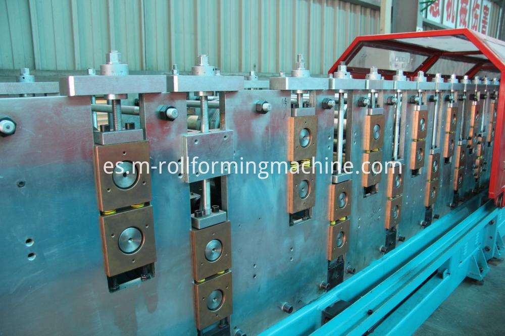 Ceiling battenRoof batten cold roll forming machines1