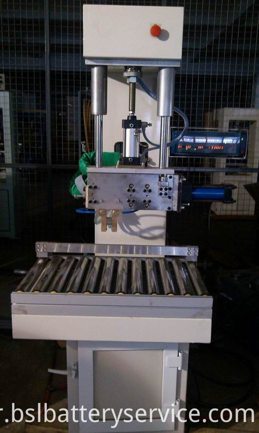 Semi- Automatic Inter-cell Welding Machine (Hydraulic)