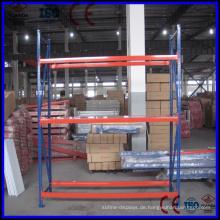 Hochwertiges Metall-Lagerregal mit unterschiedlicher Belastbarkeit