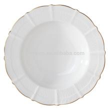 Элегантная тарелка из супового фарфора с золотом
