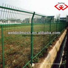 Alibaba en Chine de bonne qualité cloture en clôture galvanisée en PVC / clôture 3 D (certificat SGS et ISO9001)