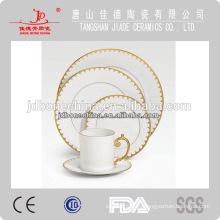 Nueva forma cuadrada Oriente Medio vajilla de porcelana de hueso conjunto placa de cerámica al por mayor hecha en China