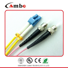Cable de remiendo de fibra de fábrica de 7 años LC-ST en terminación de dispositivo activo
